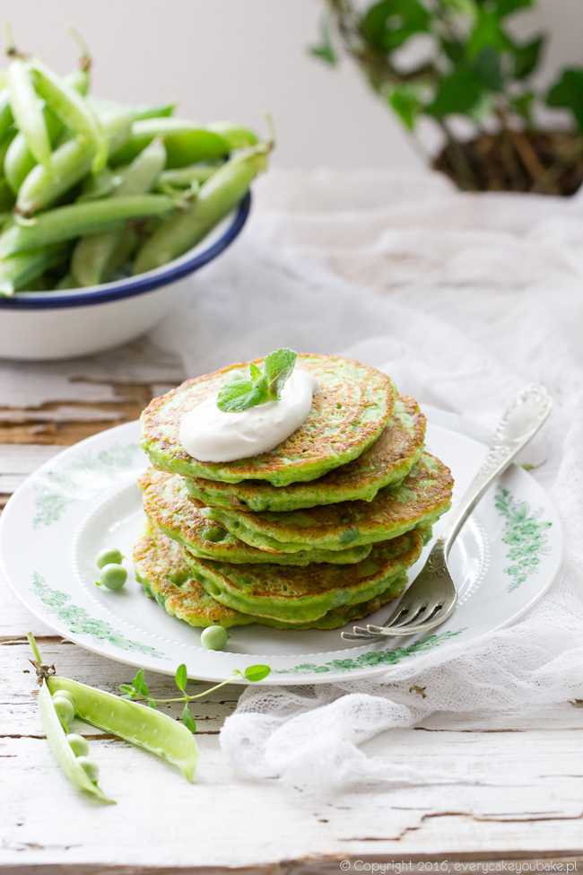 zielone placki ze świeżego zielonego groszku