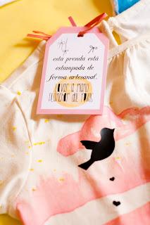 etiqueta niña camiseta pintada a mano