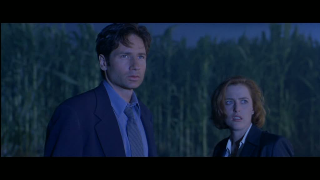 Unwelcome Commentary Film Reviews The X Files 1998