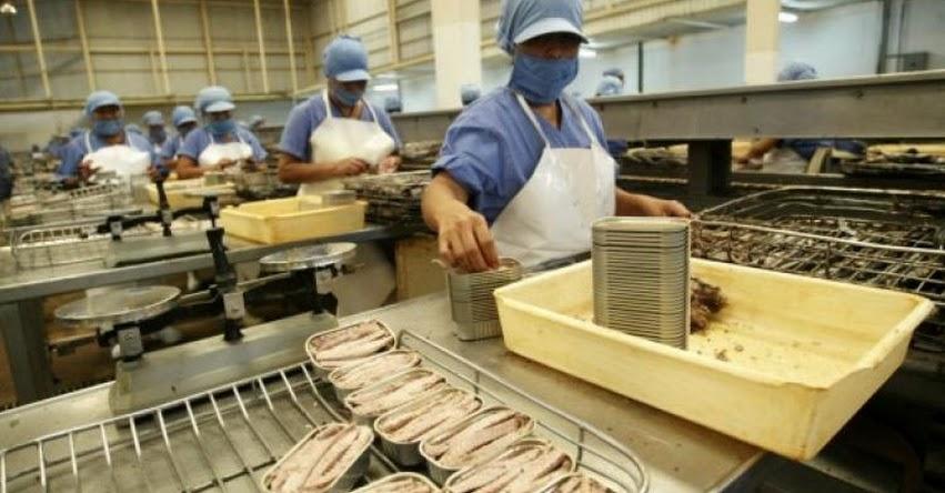 INCREÍBLE: Inacal certificó a empresa que se hizo de la vista gorga con latas de caballa china infestado con parásitos