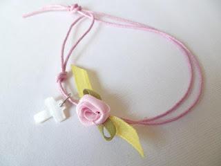 κοριτσίστικα μαρτυρικά βάπτισης με λουλουδάκι ροζ πράσινο