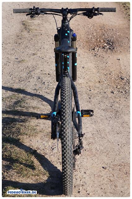 Häufig bei Focus: Shifter und Schalthebel sind nahezu baugleich, so muss man sich nicht groß umstellen und arbeitet mit seinem Bike intuitiv.