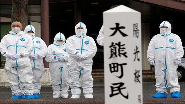 Retiran combustible nuclear en reactor tres de Fukushima