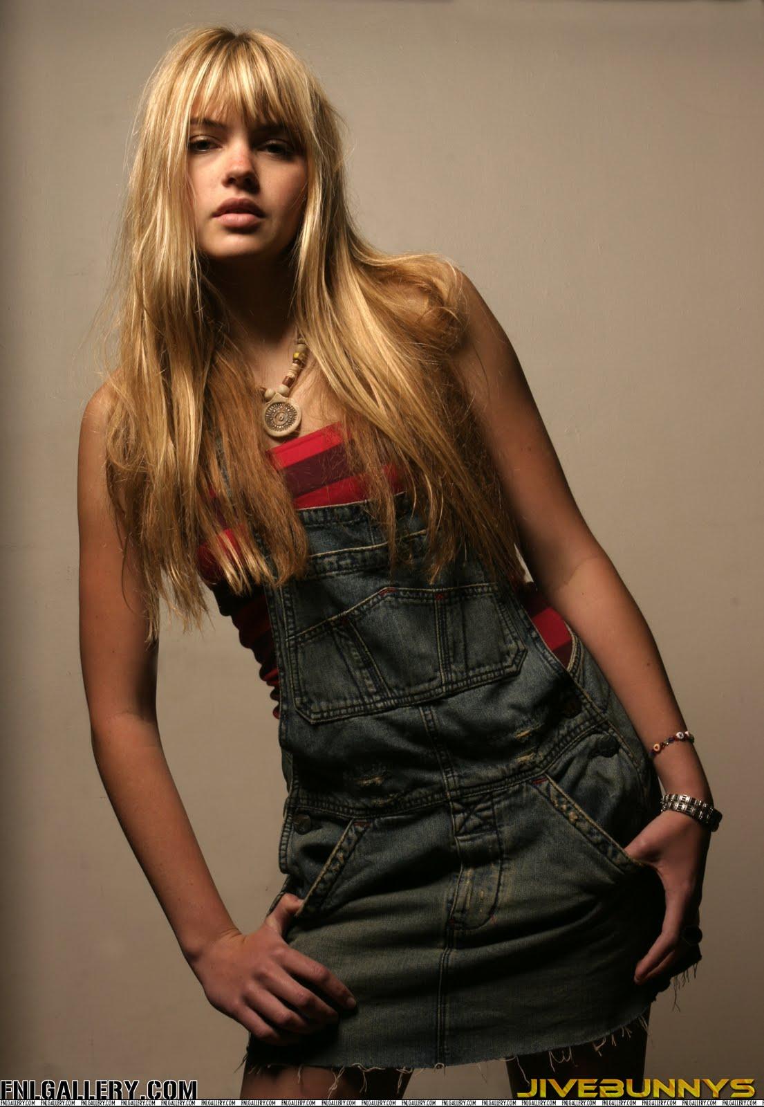 Aimee Teegarden Bio