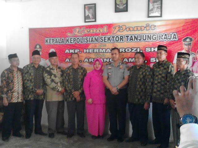 Pisah Sambut Kapolsek Tanjung Raja Berlangsung Haru