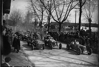 How the start of a Grand Prix looked in 1935