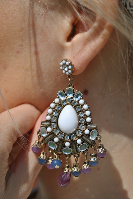 orecchini chandelier majique majique london earrings mariafelicia magno fashion blogger color block by felym fashion blog italiani fashion blogger italiane fashion blogger bergamo fashion blogger milano influencer italiane oceanic jewelers