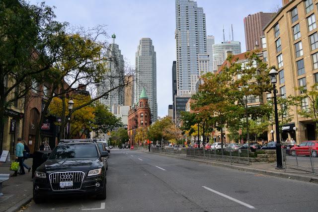 Будинок-Праска. Торонто, Канада. (Flatiron Building. Toronto, ON. Canada)