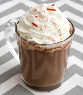 peppermint bark e cioccolato caldo immagine