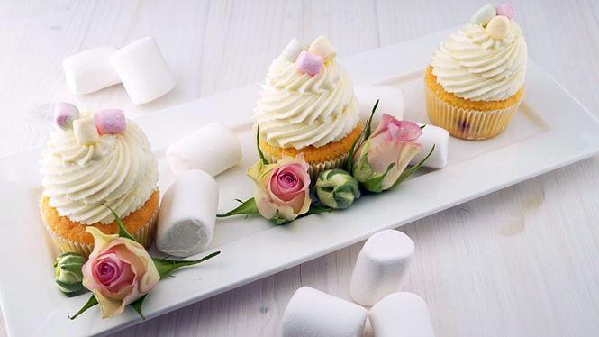kue mengandung gula