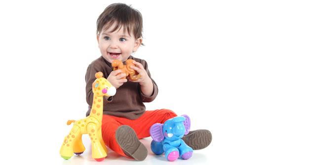 Si Kecil Suka Mengambil Mainan Temannya, Bagaimana Ini?