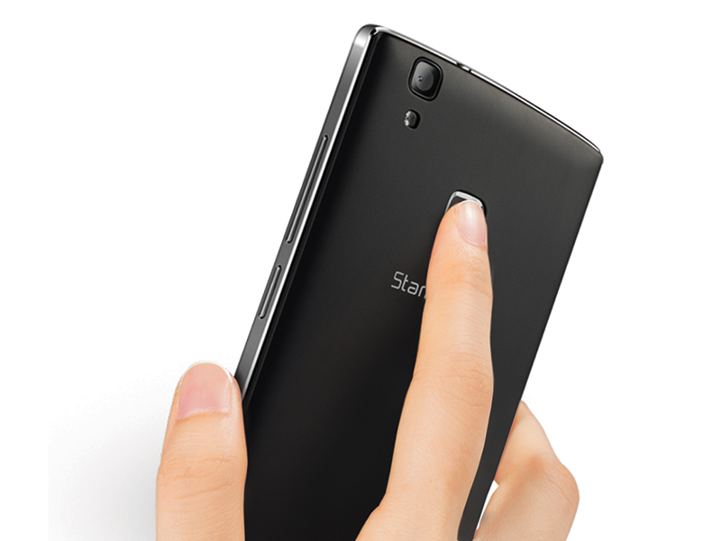 The 3D fingerprint scanner behind