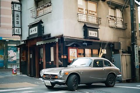 Pictorial: Skorj's 1970 Honda S800M coupe