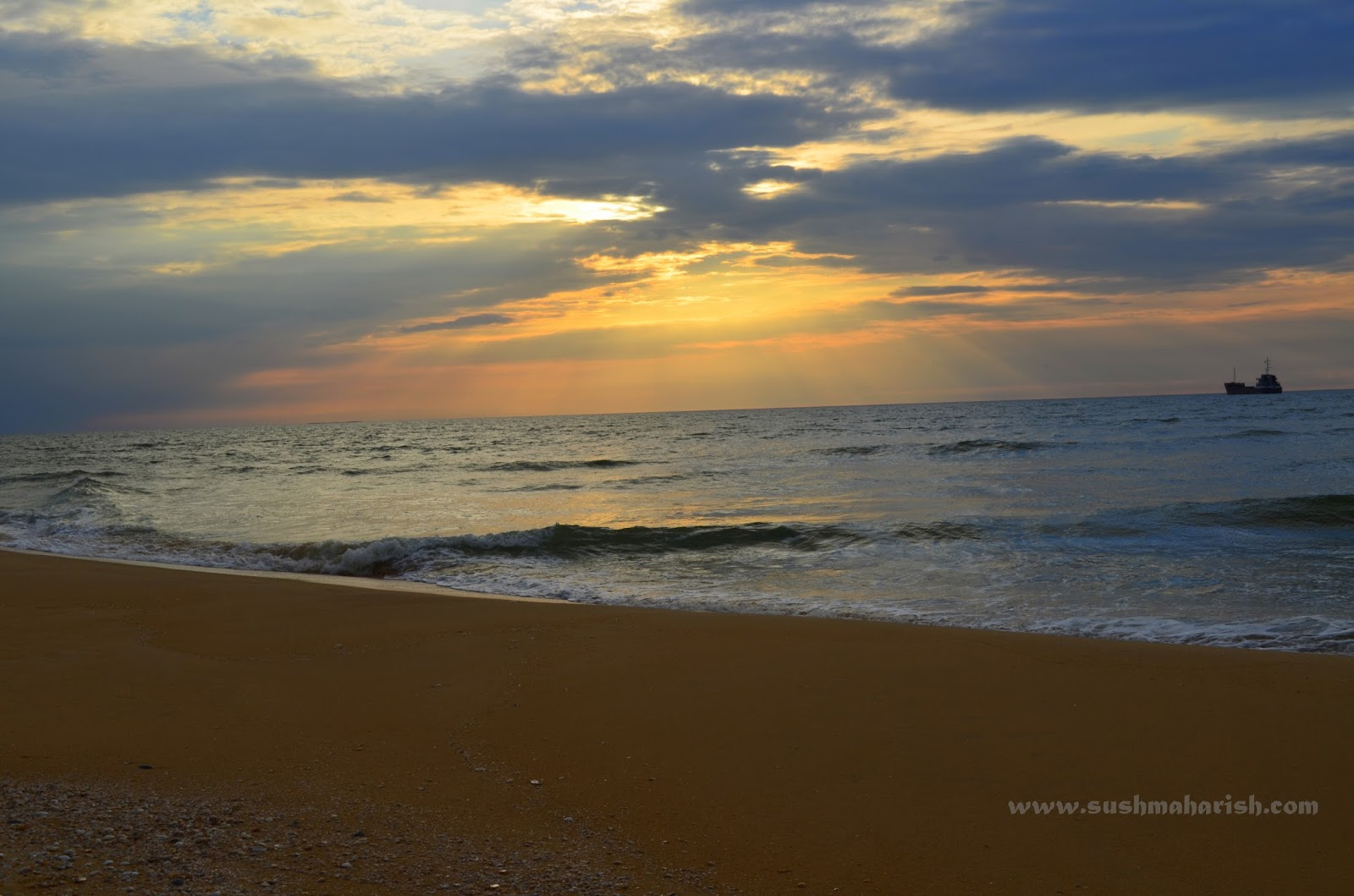 Two Best Beaches Of Udupi - Bengre The Silent Estuary And The Swarming Malpe 9
