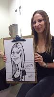 caricatura de chica rubia