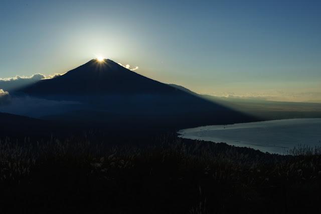 明神山(鉄砲木ノ頭)からのダイヤモンド富士