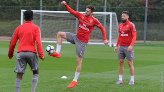 Arsenal Training Pictures Reading
