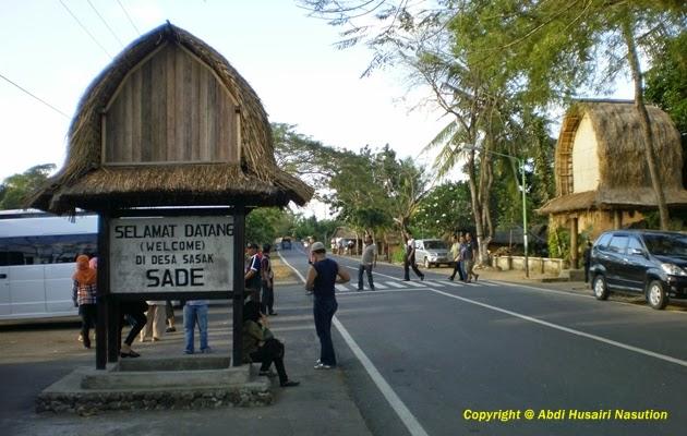 Plang selamat datang di Sade Rambitan Lombok