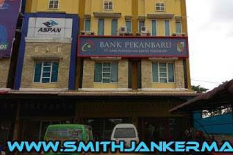 Lowongan PT. Bank Perkreditan Rakyat Pekanbaru (Bank Pekanbaru) Juli 2018