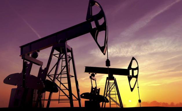 Report: US Oil Output Jumps To Record High In March