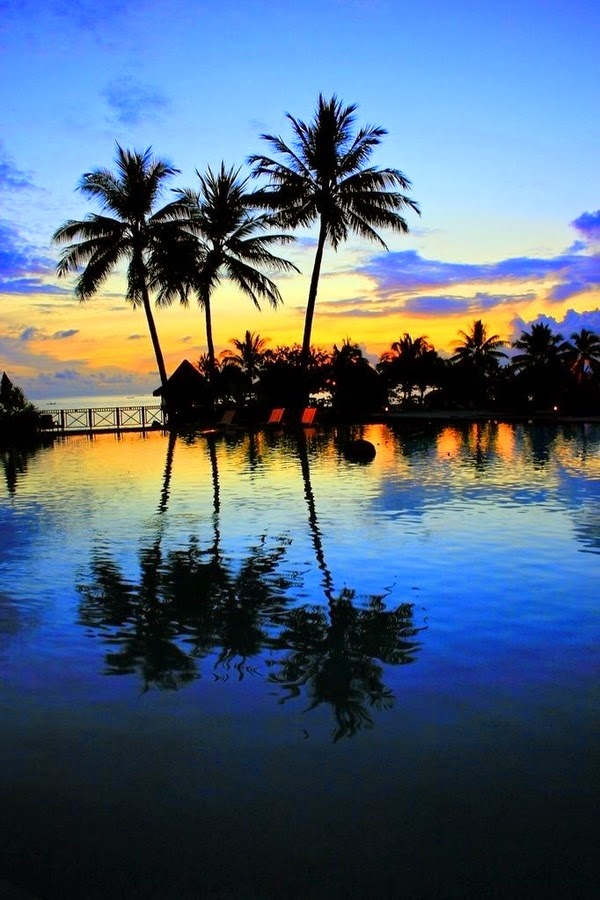 French Polynesia | 10 Places to See Beautiful Sunset Around The World