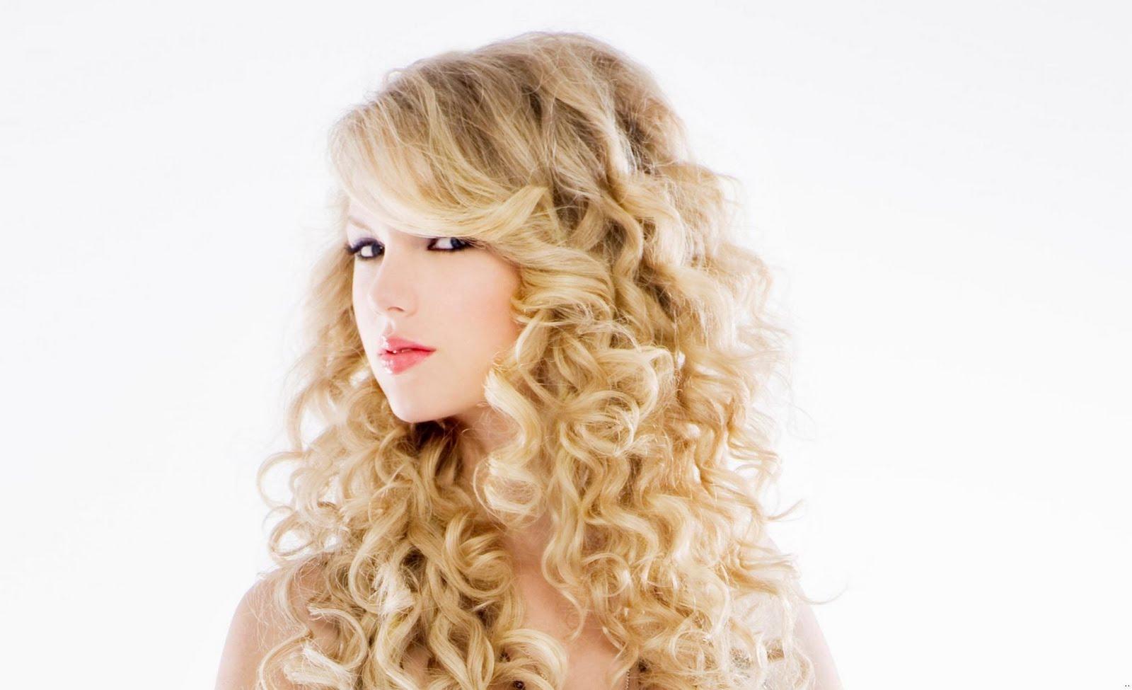 Hollywood Beautiful Girl Hd Wallpaper Taylor Swift Valentine Girl Wallpapers Taste Wallpapers