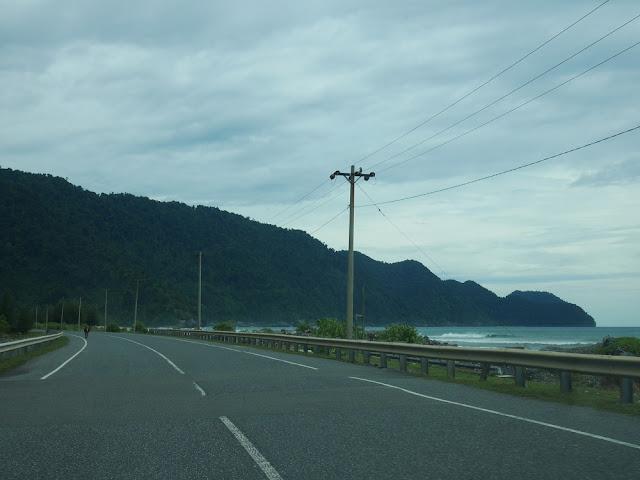 jalan di aceh barat