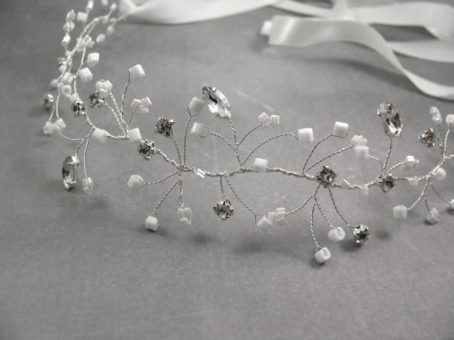Romantyczna opaska ślubna z kryształkami