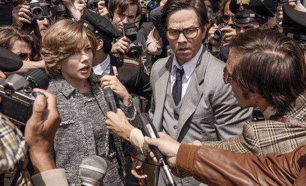 Michelle Williams and Mark Wahlberg in ALL THE MONEY IN THE WORLD (2017)