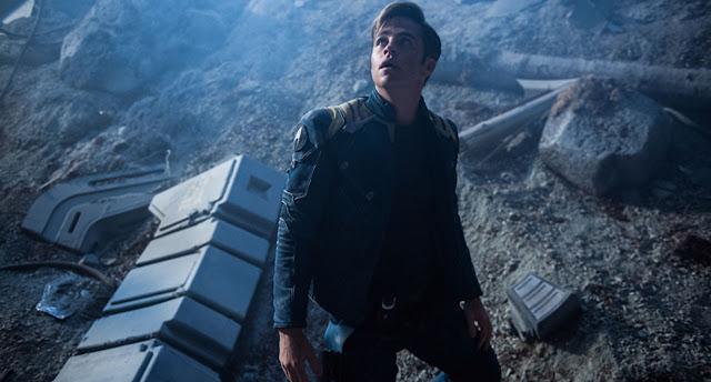 Star Trek: Sem Fronteiras | Conheça o vilão + Pôster IMAX, Imagens e comerciais inéditos da sequência