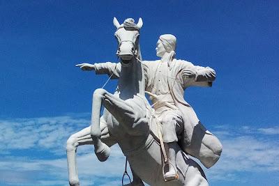 Patung Pangeran Diponegoro Kampus Undip