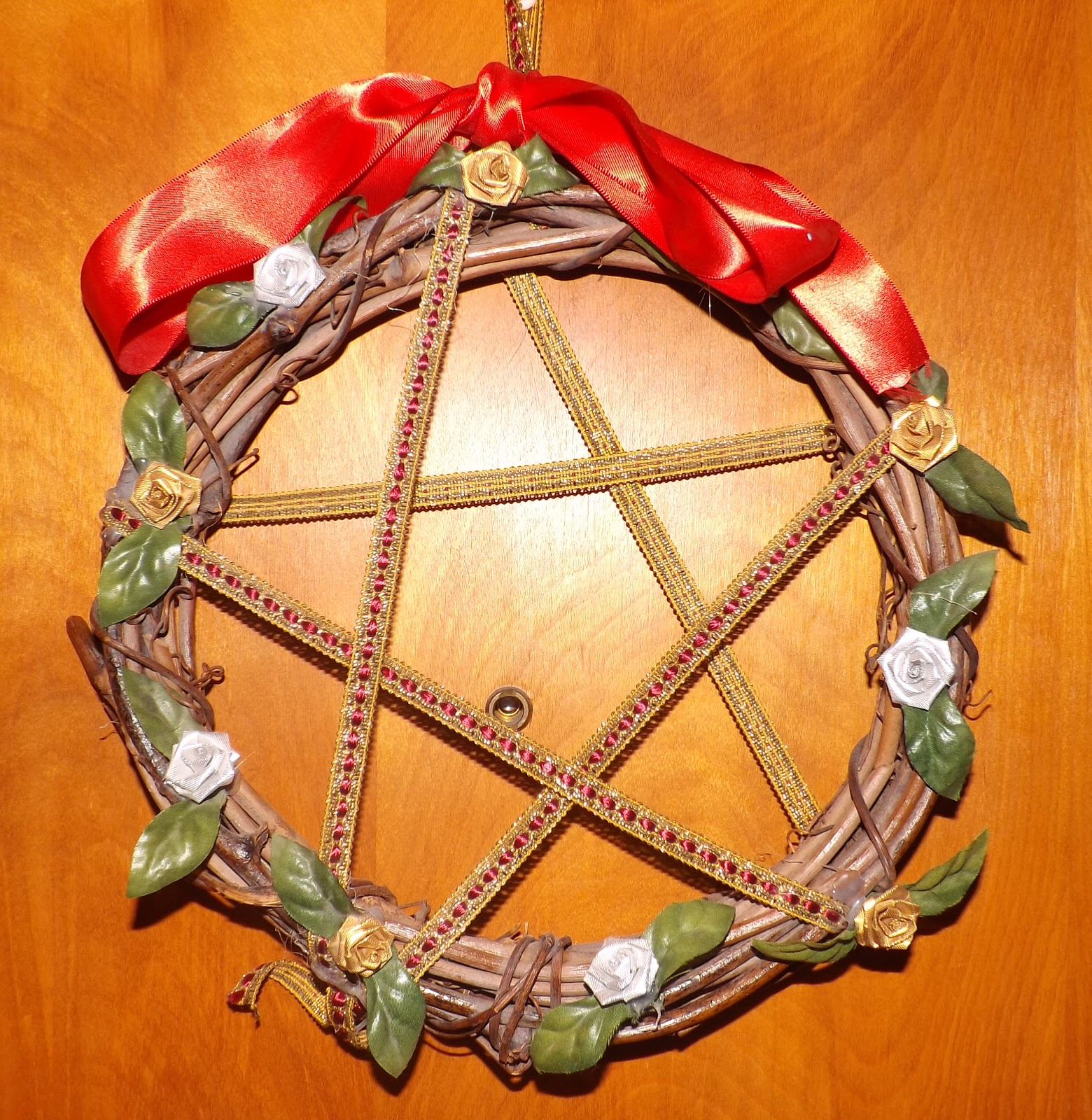The Wiccan Life: Yule Decorations