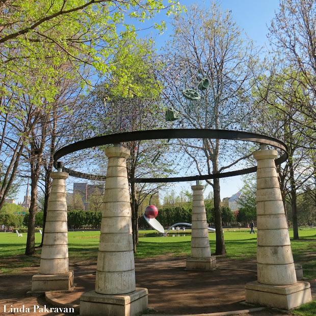 Design Snack Linda Pakravan Minneapolis Sculpture