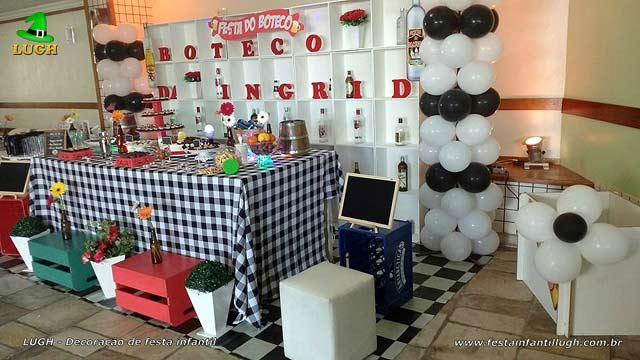 Festa de aniversário de adultos - Decoração de mesa tema Boteco