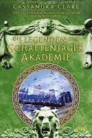 http://www.amazon.de/Legenden-Schattenj%C3%A4ger-Akademie-Sarah-Rees-Brennan/dp/3401601474/ref=sr_1_2?s=books&ie=UTF8&qid=1462739737&sr=1-2&keywords=cassandra+clare