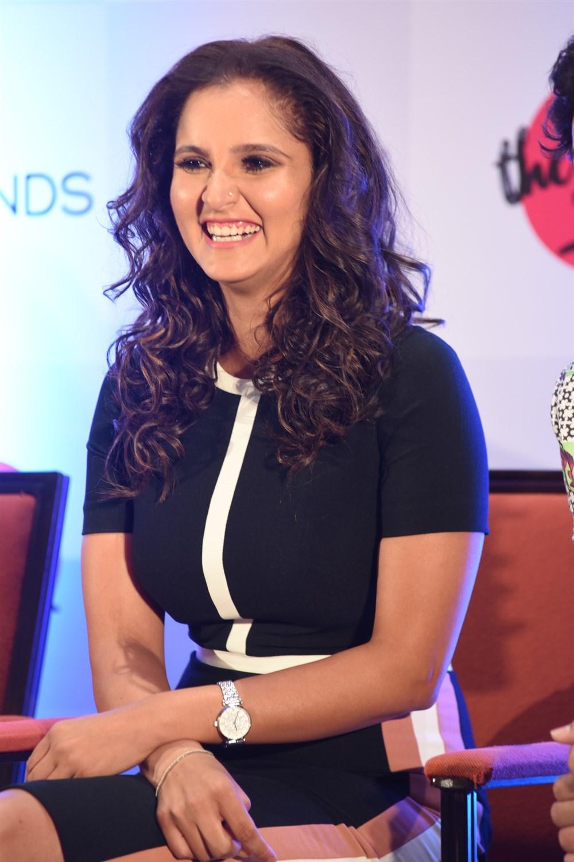 Sania Mirza inaugurates The Label Bazaar
