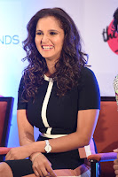 Sania Mirza inaugurates The Label Bazaar  0007.jpg
