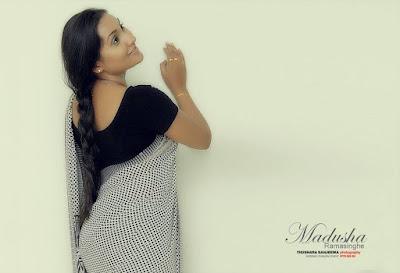 Madusha Ramasinghe Hot Saree Photos