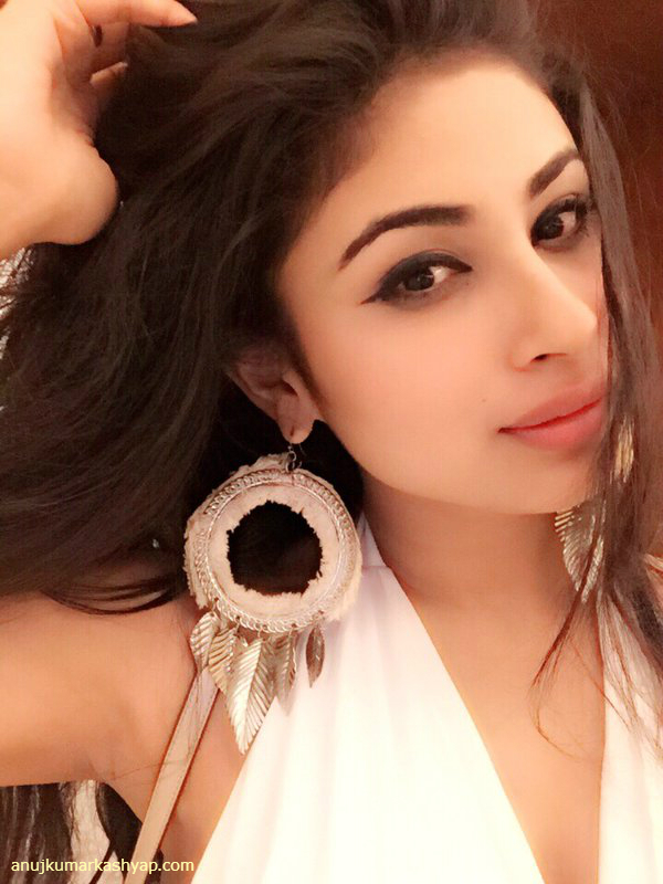 Mouni Roy Naagin Shivanya Unseen Hd Wallpapers Beautiful Hot Sexy