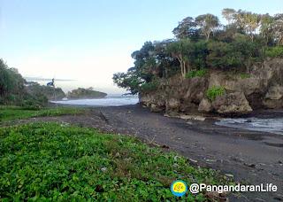 Photo Pantai Madasari 2