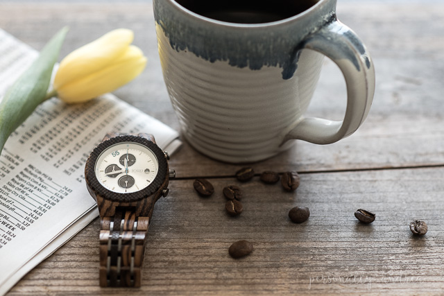 JORD wood watch review and giveaway | https://www.woodwatches.com/#personallyandrea