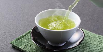 bạn nên uống trà xanh để phổi được khỏe mạnh