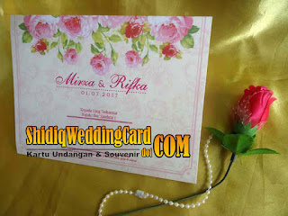 http://www.shidiqweddingcard.com/2016/04/mr-007.html