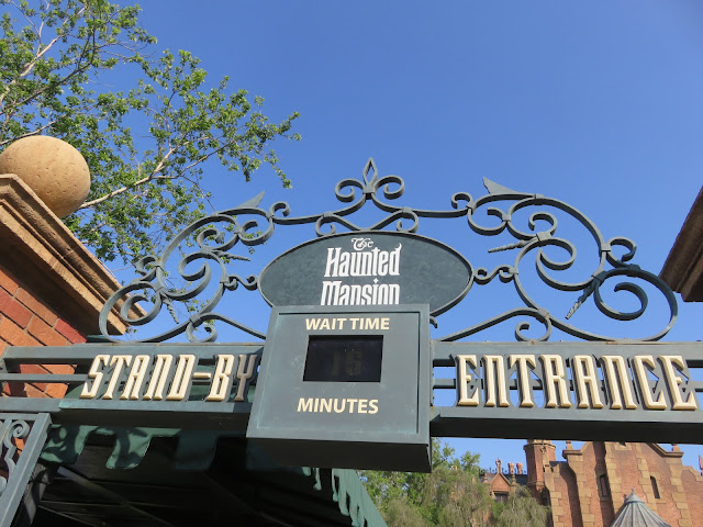 Haunted Mansion Stand By Entrance Magic Kingdom