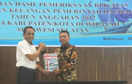 BPK Serahkan LKPD TA 2017, Pemkab Kep. Selayar, Kembali Raih WTP