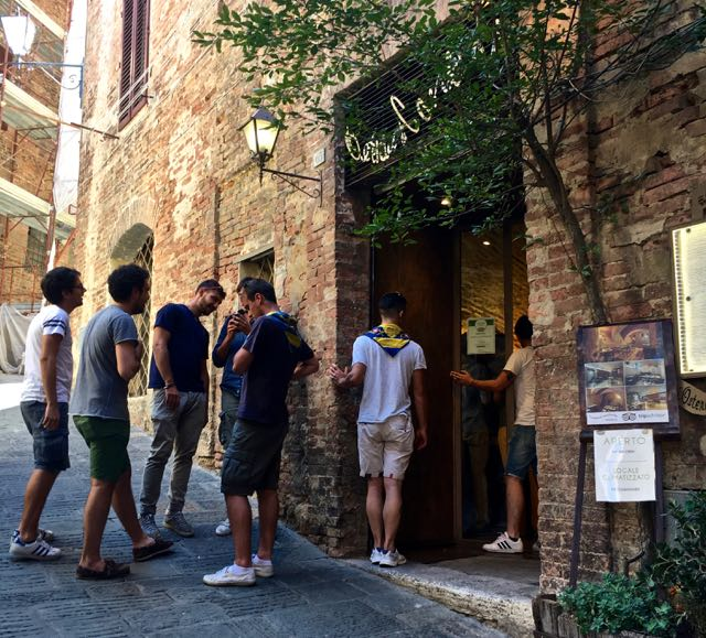 Siena's 11 Best Addresses to Eat, Drink and Stay