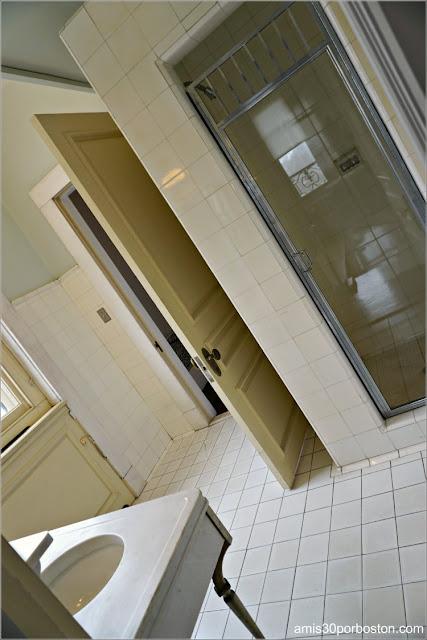 Baño de la Suite de los Novios de la Mansión Rosecliff, Newport