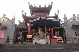 Cua Ong temple festival in Halong Bay 2