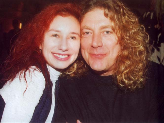Who is robert plant currently dating