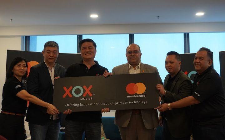 XOX Mobile Perkenal Kad Prabayar Mastercard XOX